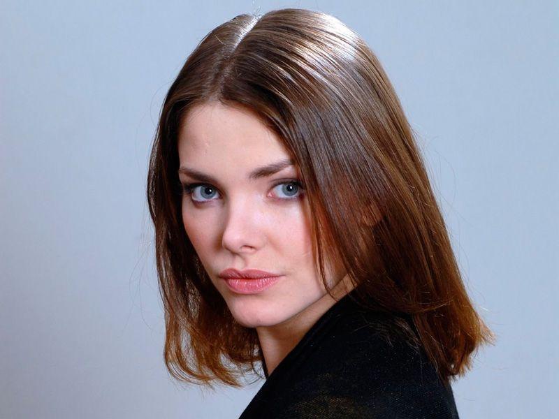 еще фото популярных российских актрис уже