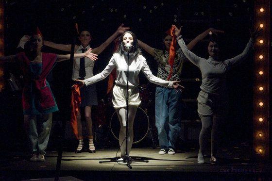 Спектакль «Рыжий» в Театре «Мастерская П. Н. Фоменко» фото 2