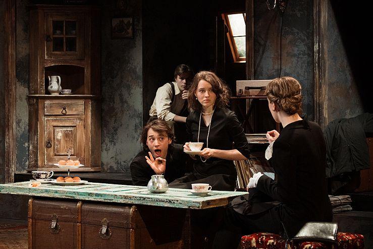 Спектакль «Оглянись во гневе» в Театре имени Ермоловой фото 2