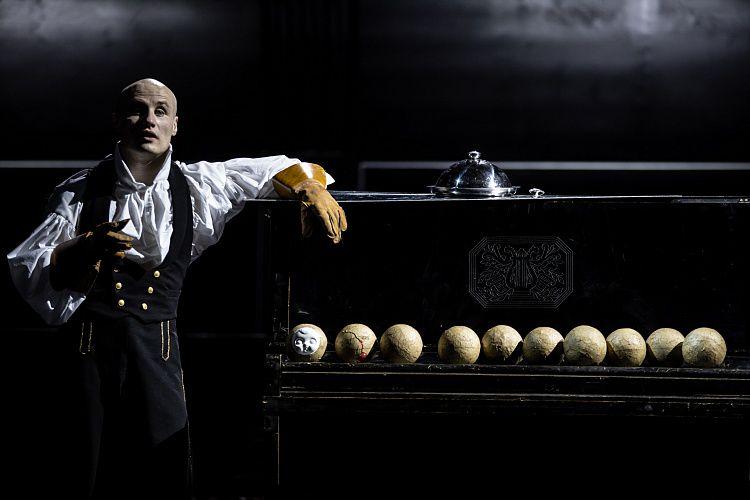 Спектакль «Человек без имени» в «Гоголь-центре» фото 1
