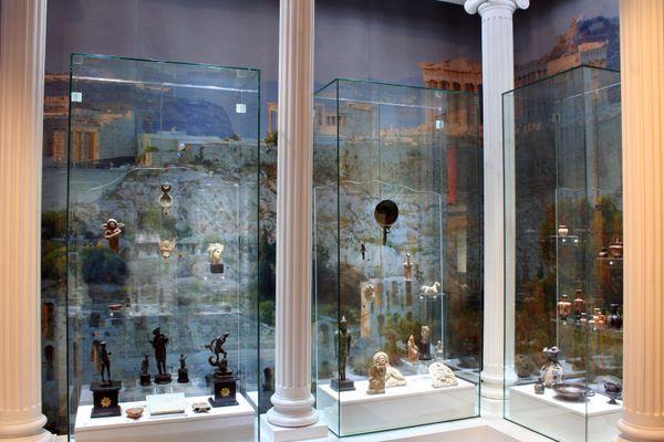 постоянная экспозиция в Музее истории религии «Религии древнего мира»