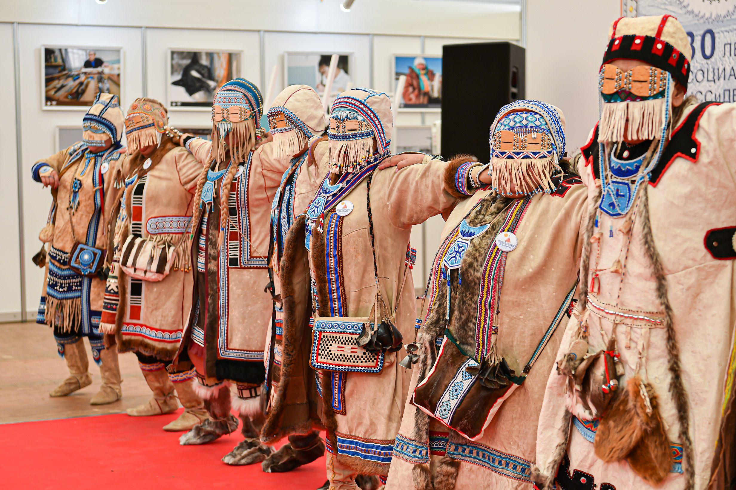 Выставка-ярмарка «Сокровища Севера. Мастера и художники России 2021» фото 4