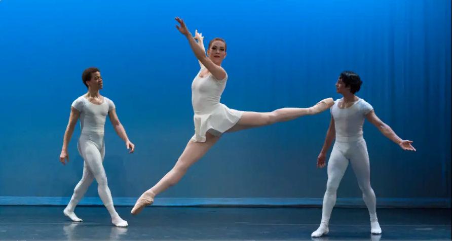 Онлайн-показ балета «Септет, рондо, концертино» Джерома Роббинса фото 1