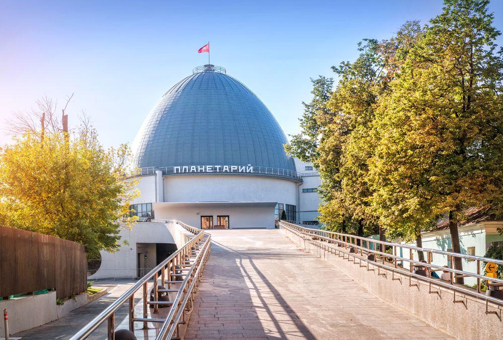 Экскурсия  «Космос московских дворов» от компании «МоскваХод» фото 1