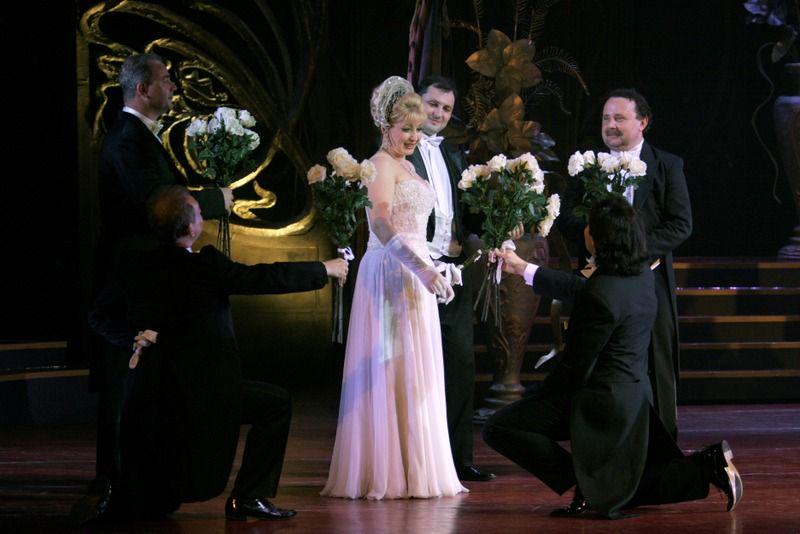 Спектакль «Мистер Икс» в Театре «Московская оперетта» фото 2