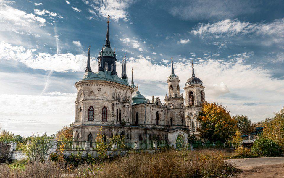 Автобусная экскурсия «Баженов. Усадьба Быково: дворец, готическая церковь и английский парк» фото 2