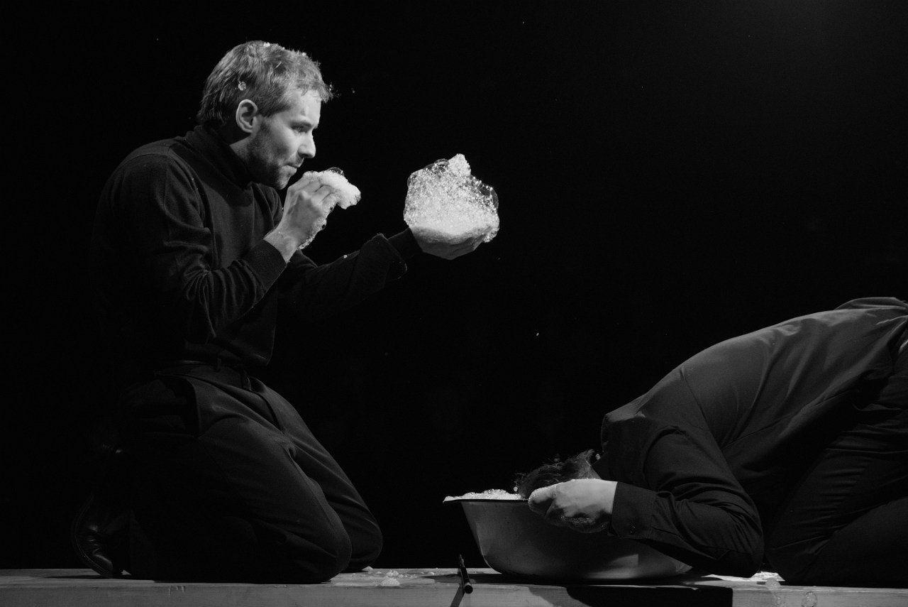 спектакль «Высоцкий. Requiem» в Большом театре кукол