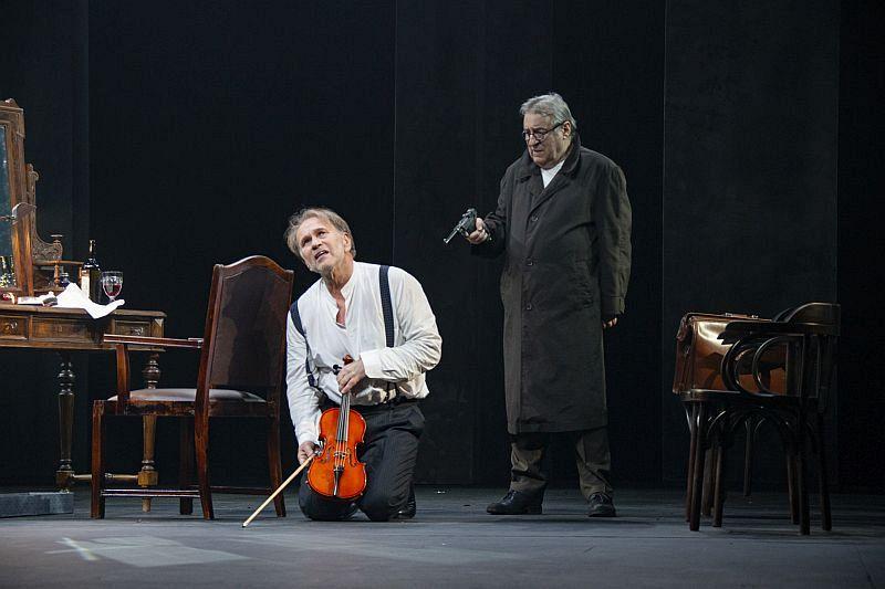 Спектакль «Фальшивая нота» в Театре имени Евг. Вахтангова фото 8