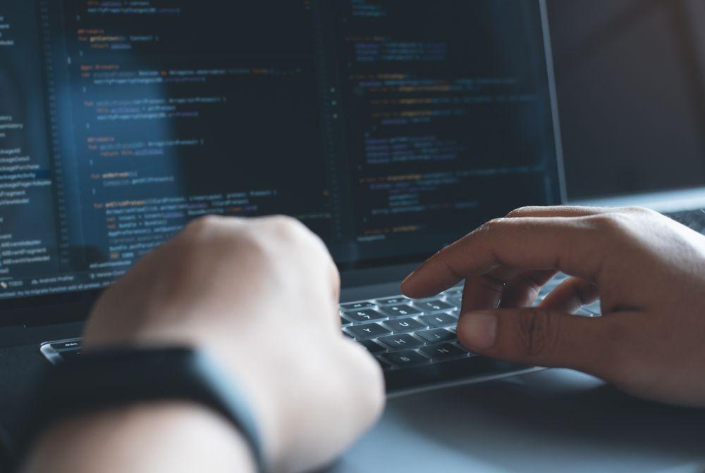 Онлайн-курс «Fullstack-разработчик на Python» фото 1