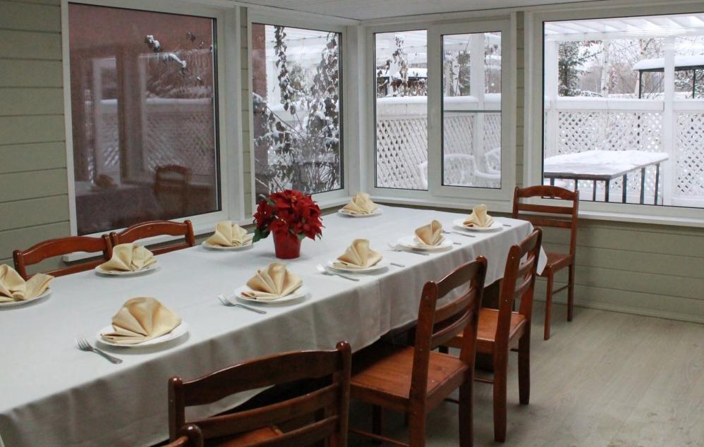 Скидки до 60% на аренду тёплых беседок в ресторане-парке DonDavid фото 1
