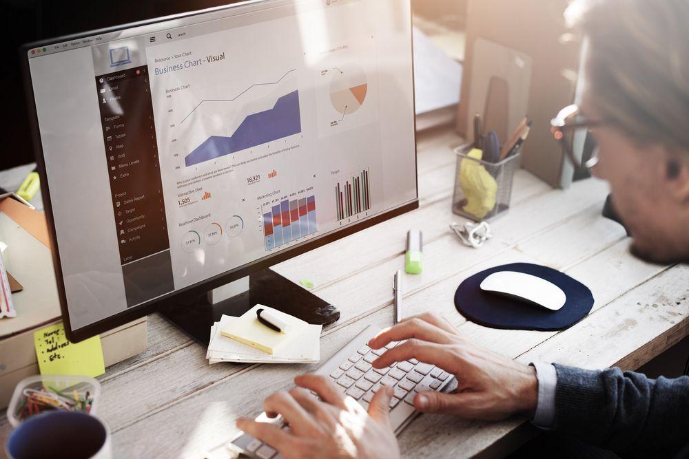Онлайн-курс «Аналитик данных» фото 1