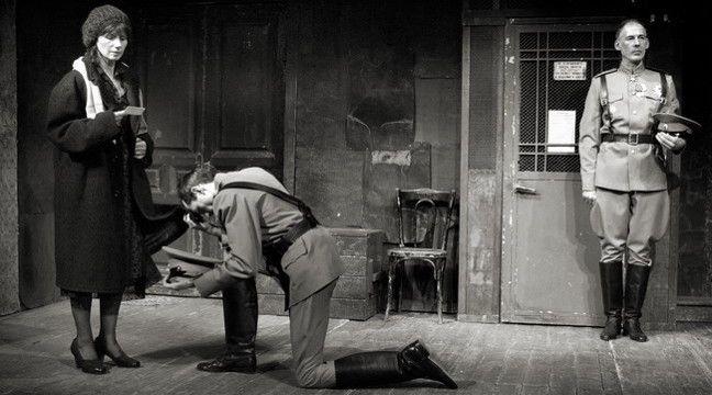 Спектакль «Лестничная клетка» в Театре «Около дома Станиславского» фото 1