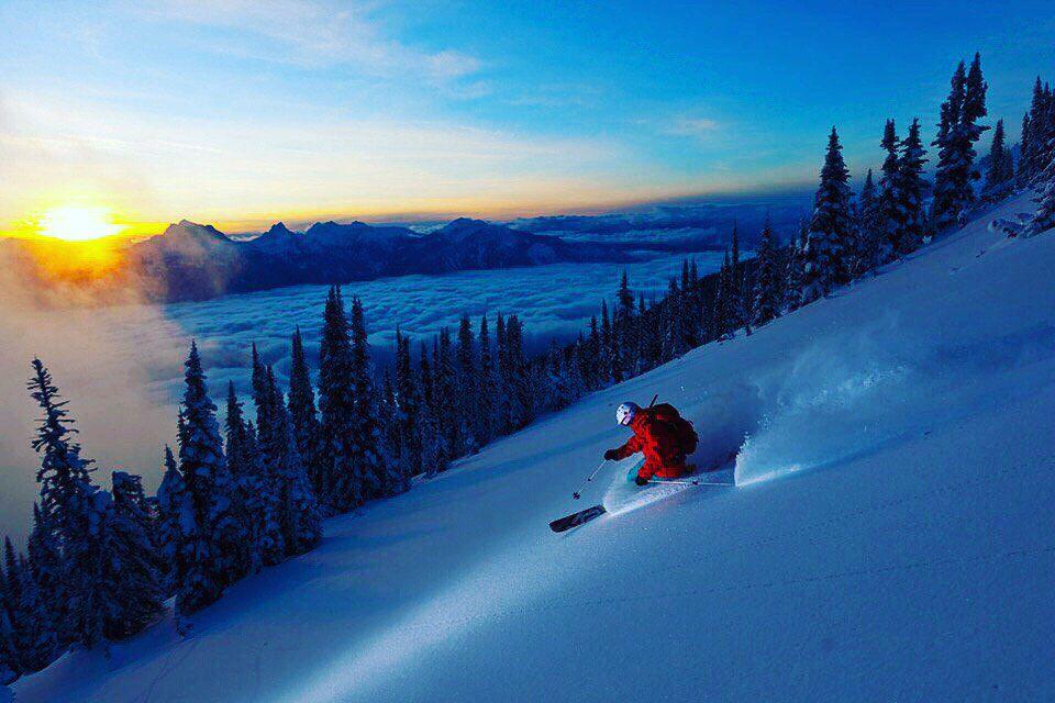 Занятия на горнолыжных и сноуборд-тренажерах в комплексе SkiGym в парке «Сокольники» со скидкой до 59% фото 1