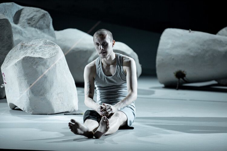 Спектакль «Спутники» в Театре на Таганке фото 5