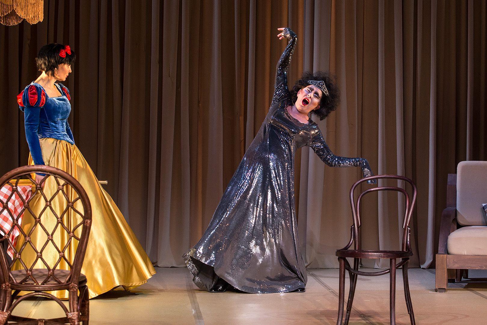 Спектакль «Ваня и Соня и Маша и Гвоздь» в театре «Сатирикон» фото 5