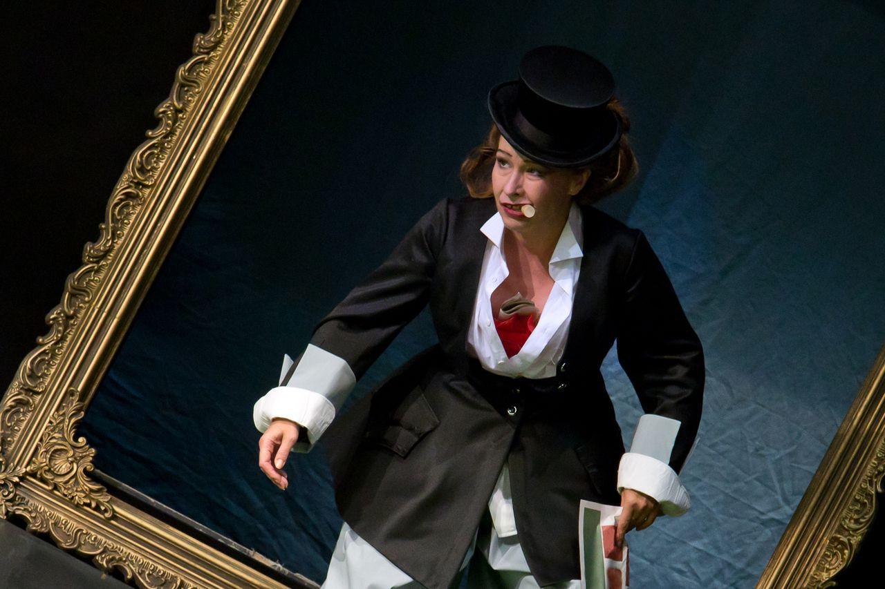Спектакль «Стакан воды» в постановке Театра «Эрмитаж» фото 5