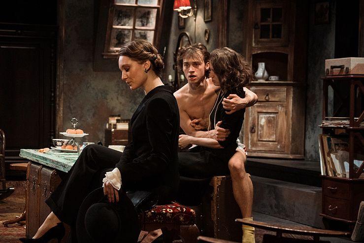 Спектакль «Оглянись во гневе» в Театре имени Ермоловой фото 5