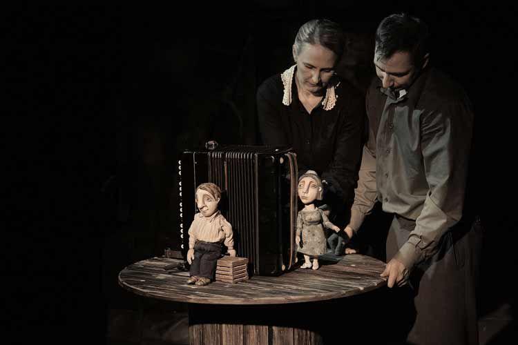 Спектакль «Жена мужа в Париж провожала» в Театре кукол С. В. Образцова фото 1