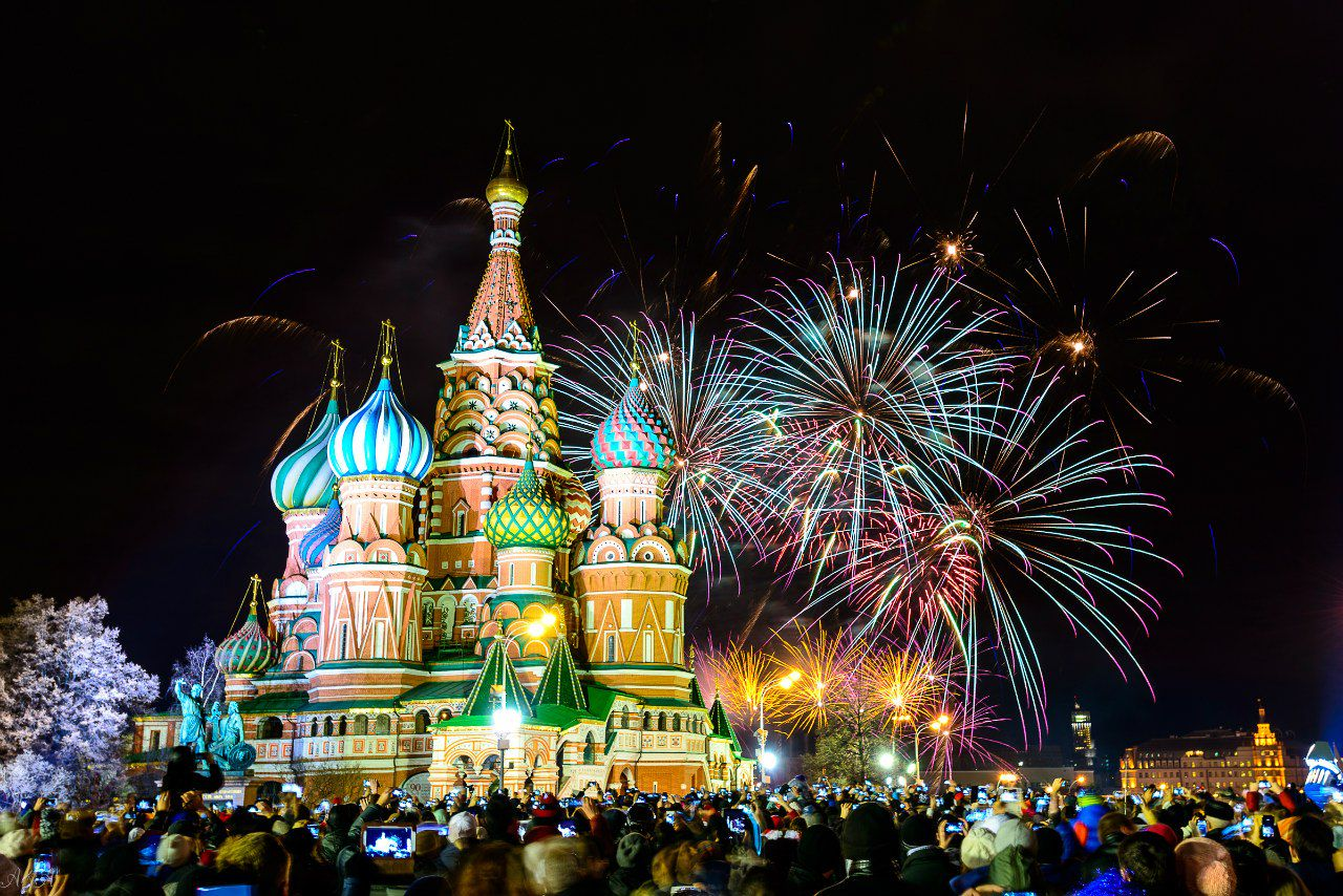 Фейерверки оптом: продажа фейерверков оптом в Москве