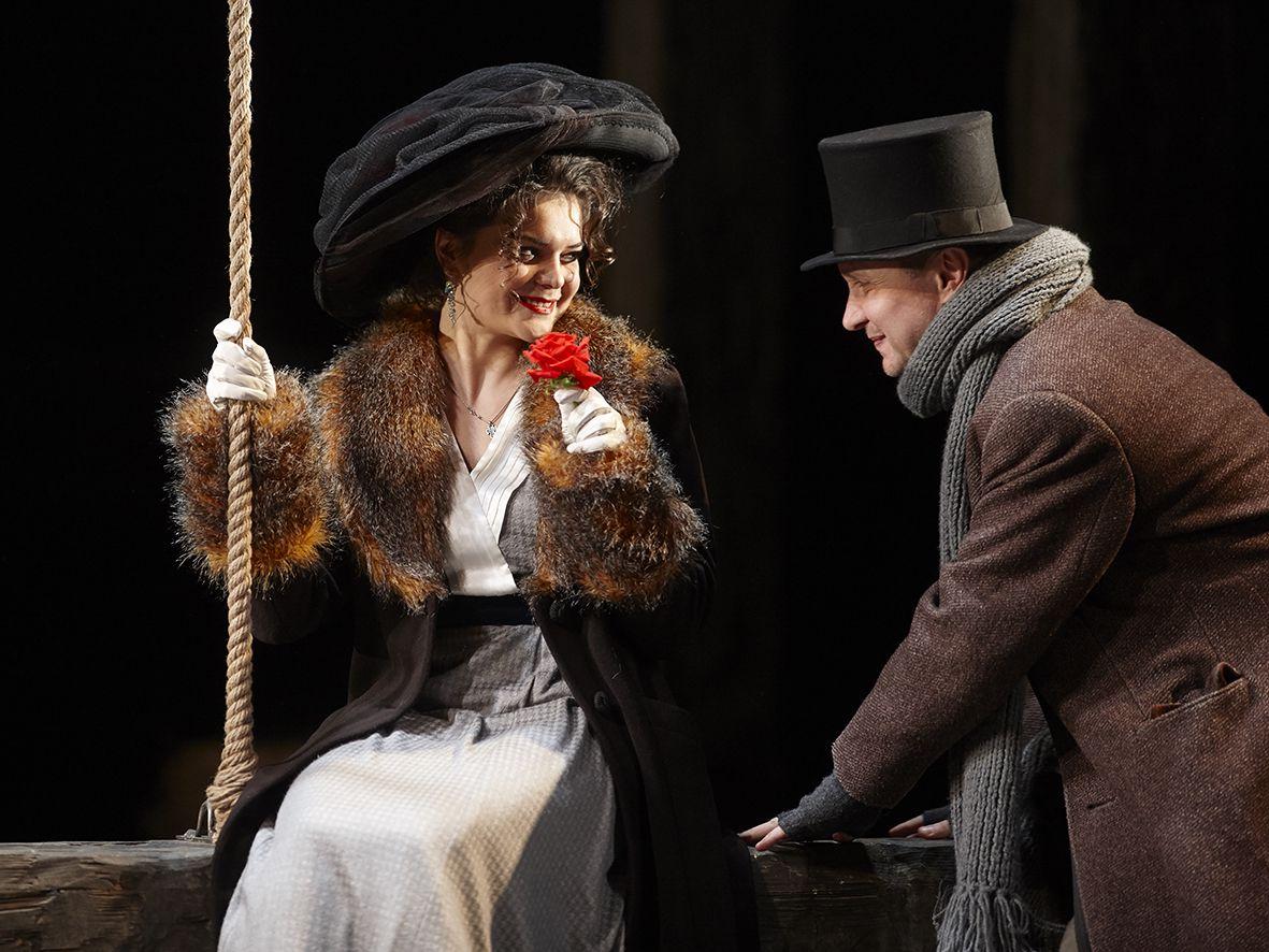 Спектакль «Бешеные деньги» в Театре им. Маяковского фото 1