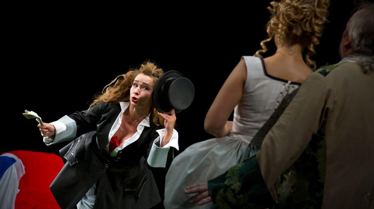 Спектакль «Стакан воды» в постановке Театра «Эрмитаж» фото 1