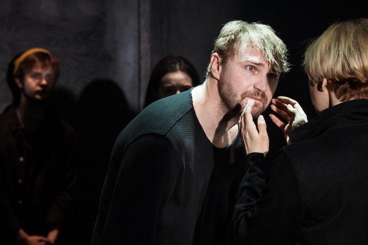Спектакль «Раскол» в Театре имени Ермоловой фото 1