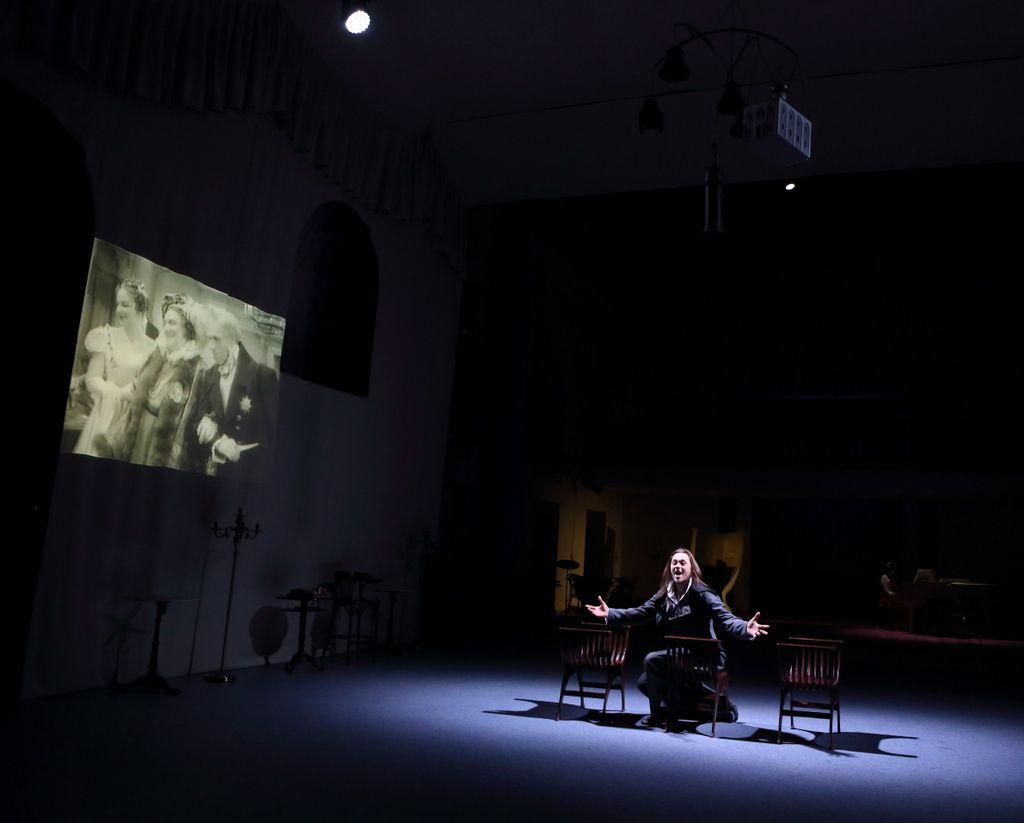 Спектакль «Горе от ума. Московские сны» в Театре «Школа драматического искусства» фото 8