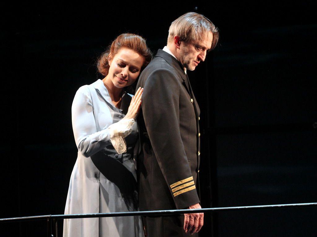 Спектакль «Морское путешествие 1933 года» в Театре им. Моссовета фото 4