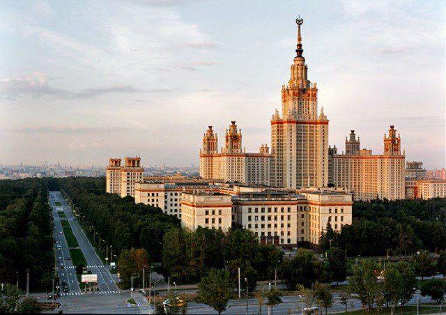 Автобусная экскурсия «Легенды и мифы сталинских высоток» фото 1