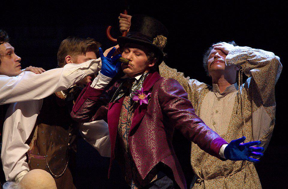 Спектакль «РевИзор» в Театре им. Ермоловой фото 5