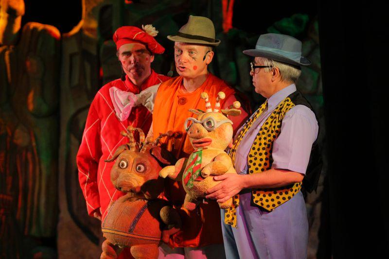 спектакль «Три поросенка» в Большом театре кукол