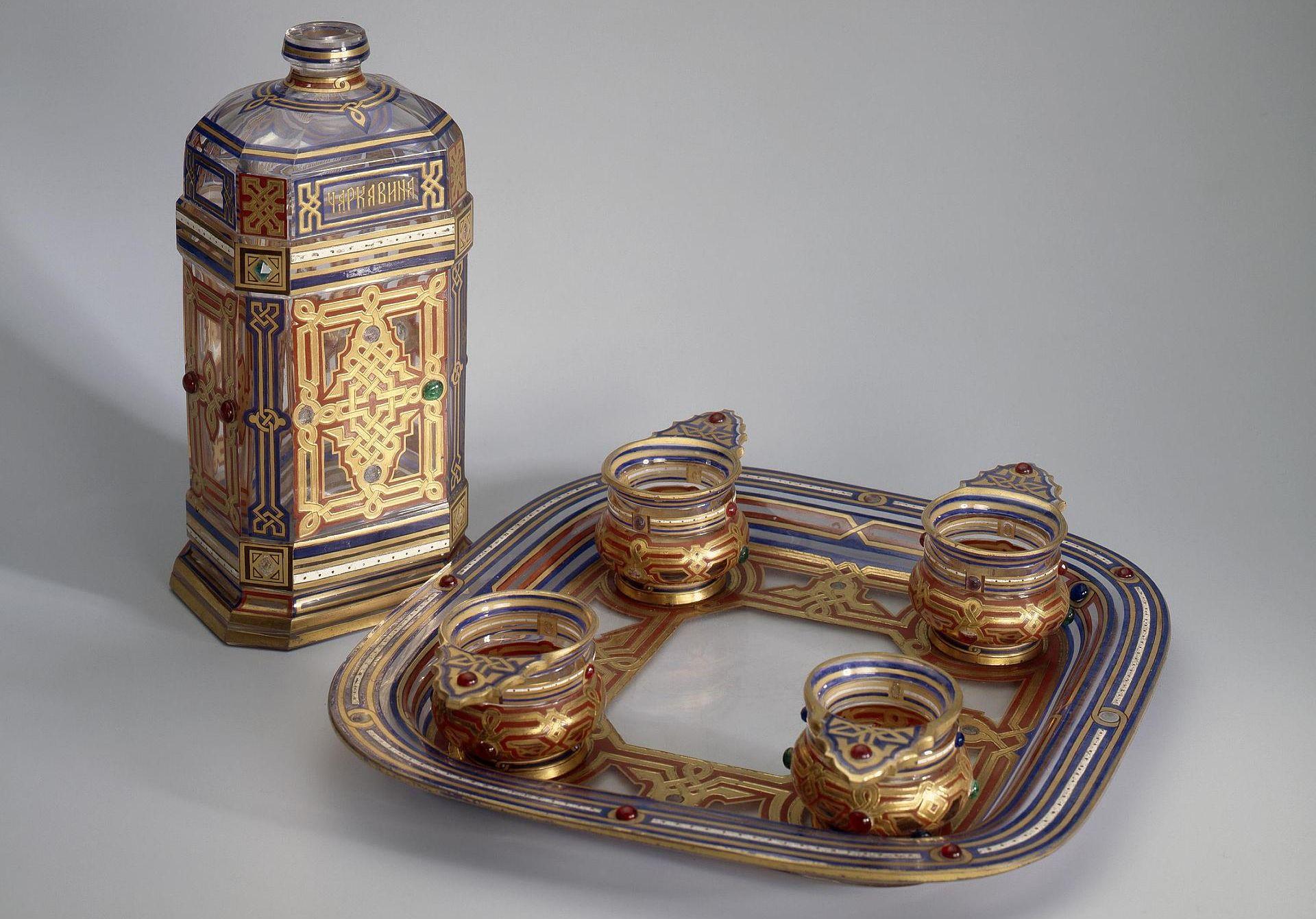 «Русское художественное стекло XVII – нач. XIX в.» (постоянная экспозиция «Эрмитажа»)