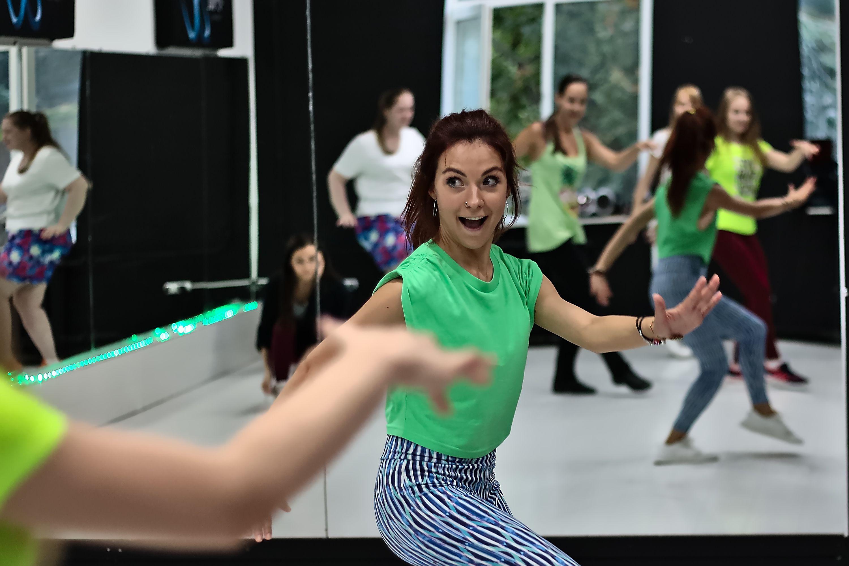 Тренировки по зумбе в студии танца Alpha Dance фото 7