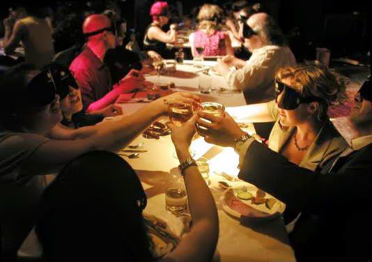 Valentine 39 s day dinners in the dark new york 2015 for Best valentines restaurants nyc