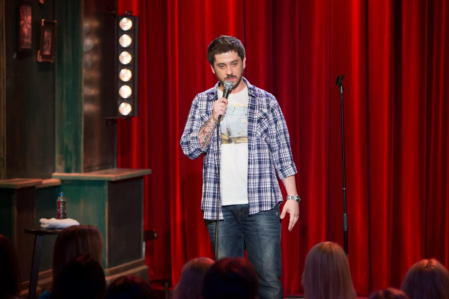 negative effect of stand up comedy shows Stand-up comedy can give social critique and instigate  the sketch shows early signs of provoking the  america needs its comedians to start conversations.