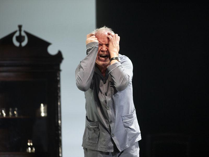 Спектакль «Папа» в театре «Современник» фото 3