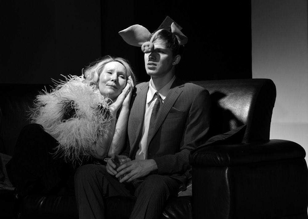 Спектакль «Кто боится Вирджинии Вулф?» в Московском театре юного зрителя фото 1