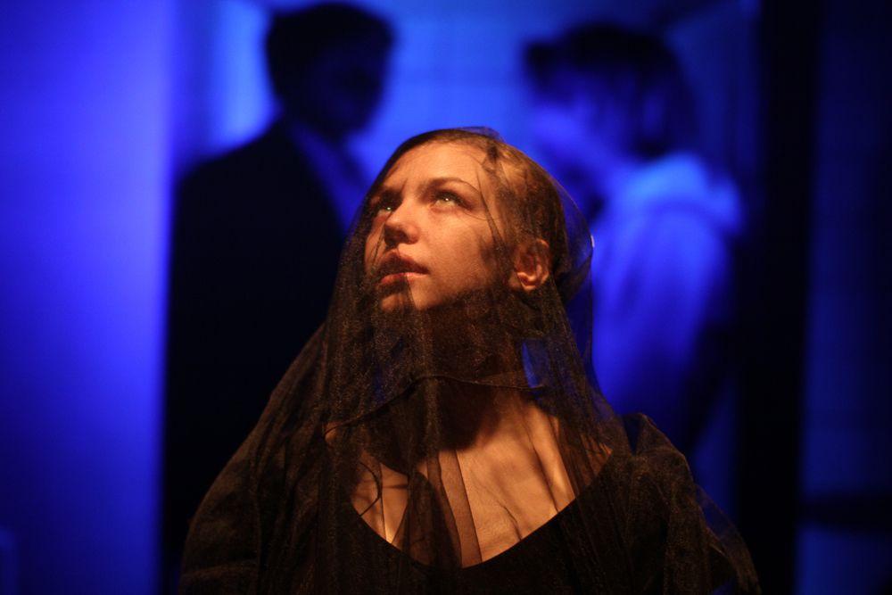 Спектакль «С_училища» в Театре имени А. С. Пушкина фото 1