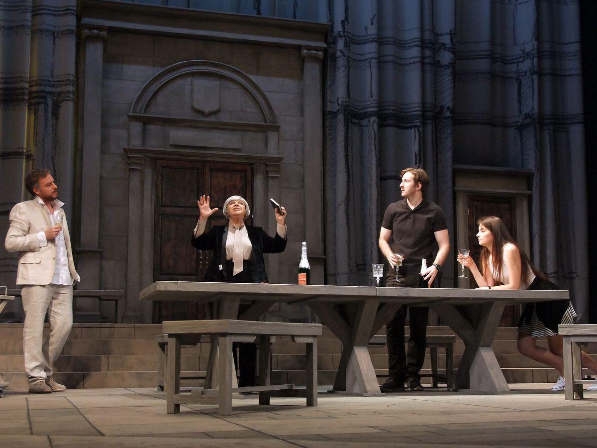 Спектакль «Тартюф» в Театре имени А. С. Пушкина фото 3