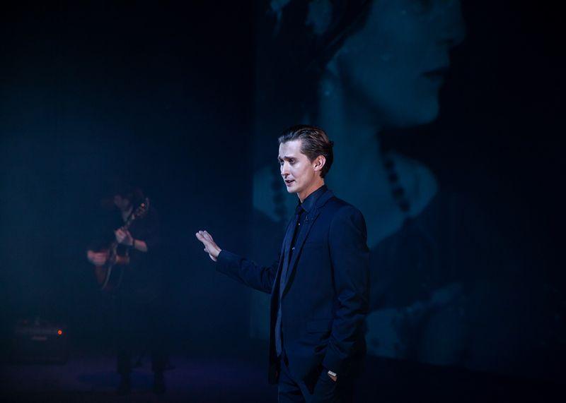Спектакль «Наше всё… Ахматова. Свидетель» в Театре Наций фото 2