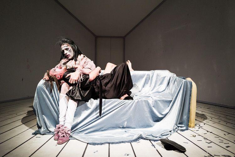 Спектакль «Lё Тартюф. Комедия» в Театре на Таганке фото 5