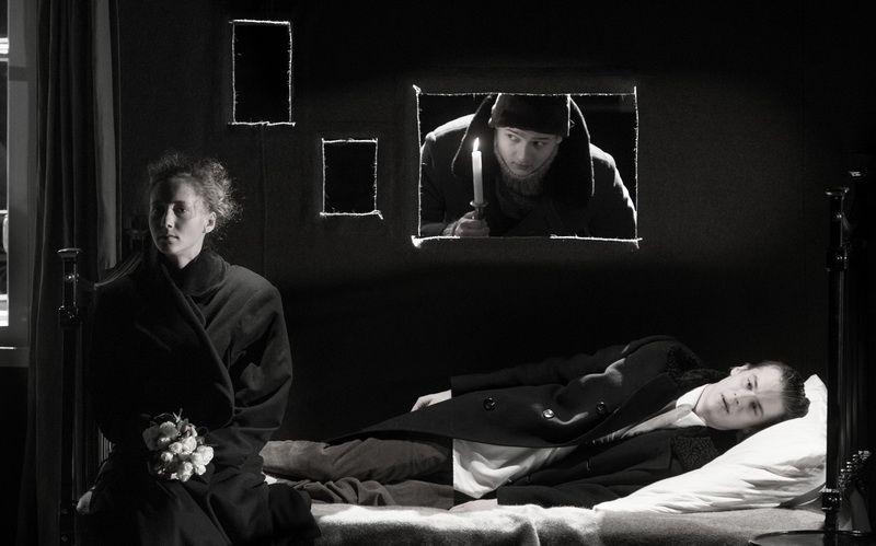 Спектакль «Записки покойника» в Студии театрального искусства фото 4