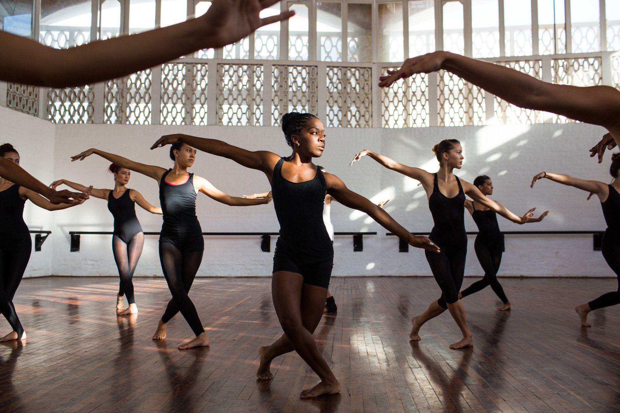 Онлайн-уроки по танцам Дианы Вишнёвой фото 2
