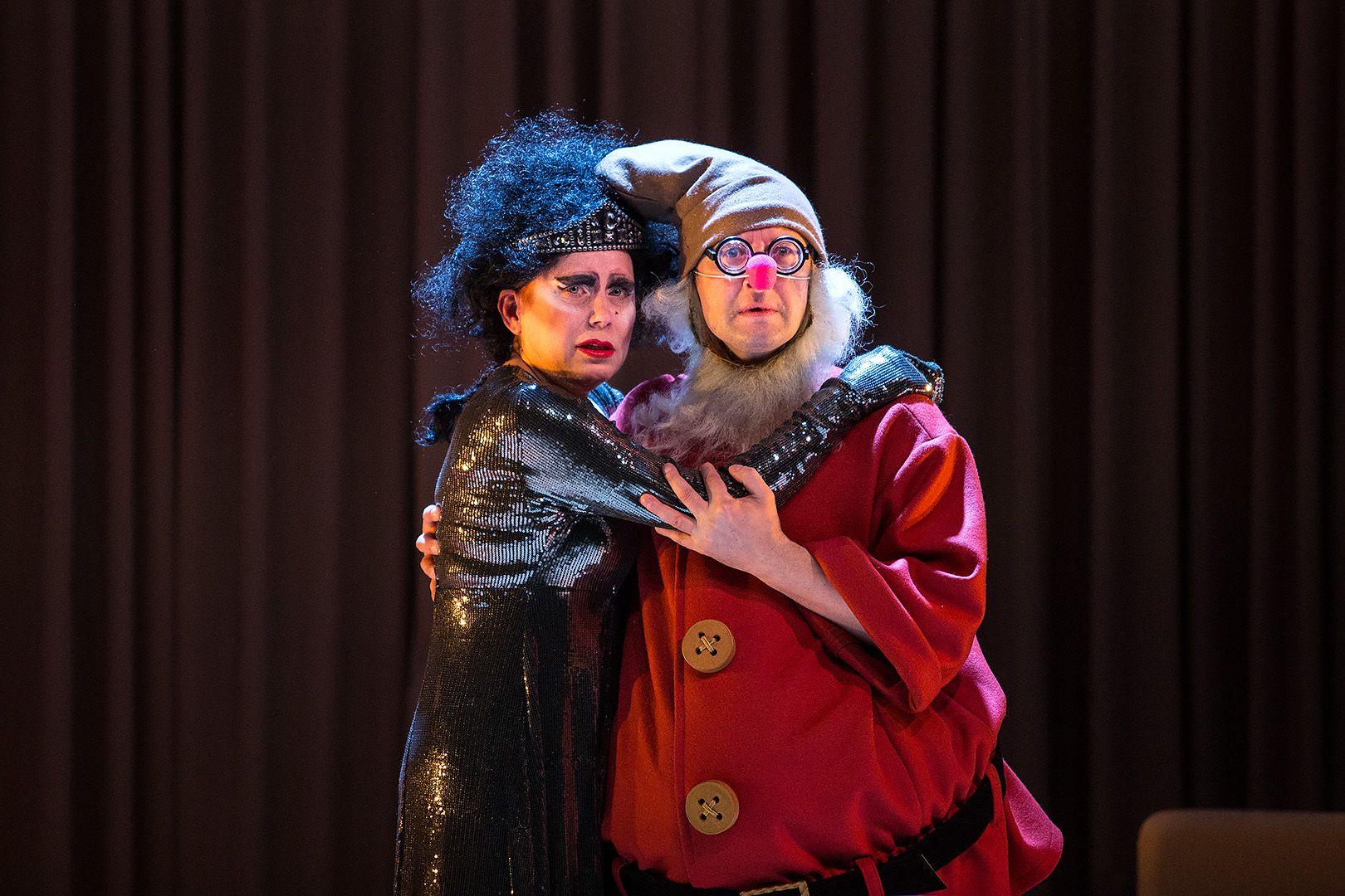 Спектакль «Ваня и Соня и Маша и Гвоздь» в театре «Сатирикон» фото 6