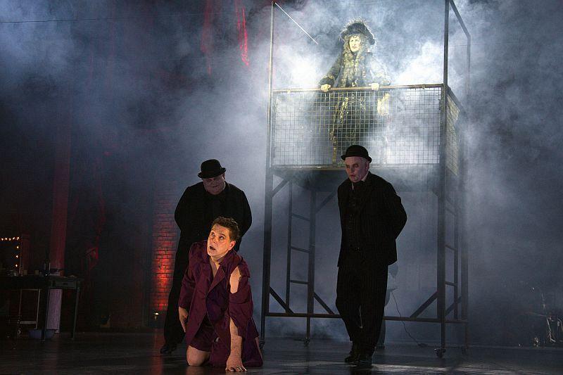 Спектакль «Мнимый больной» в Театре им. Вахтангова фото 10