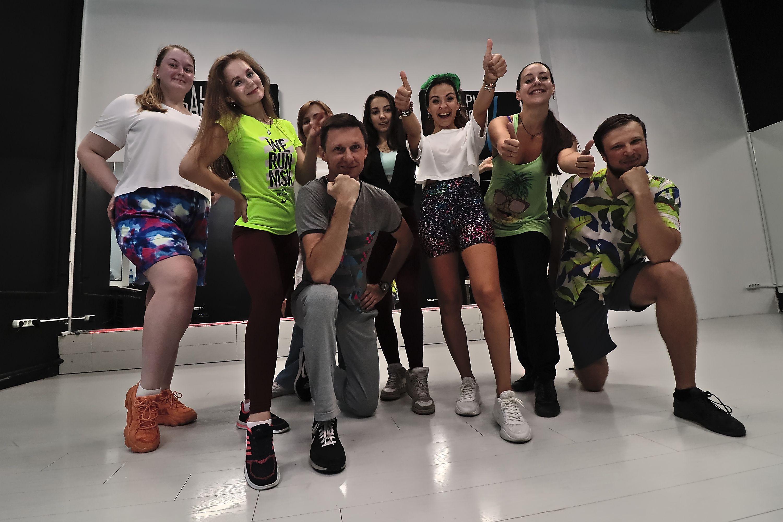 Тренировки по зумбе в студии танца Alpha Dance фото 1
