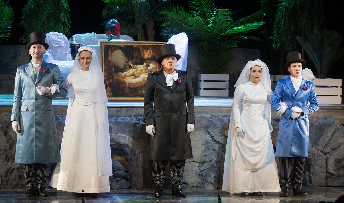Спектакль «Шутники» в Театре «Сатирикон» фото 2