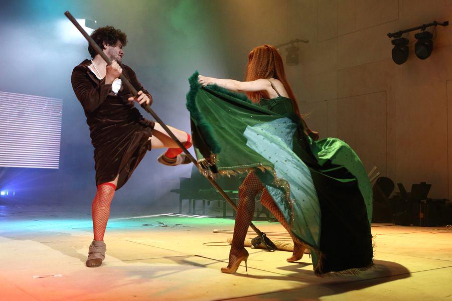 Спектакль «Безприданница» в театре «Школа драматического искусства» фото 4