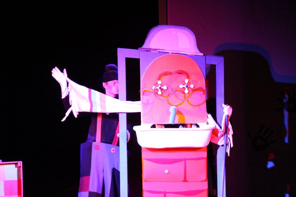 Спектакль «Знаменитый Мойдодыр» в Московском театре кукол на Спартаковской фото 3