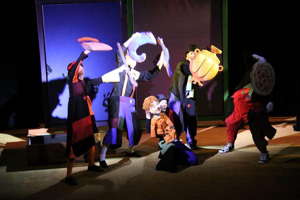 Спектакль «Знаменитый Мойдодыр» в Московском театре кукол на Спартаковской фото 4
